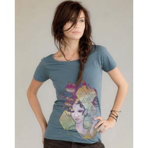 geode-lady-tshirt-mock